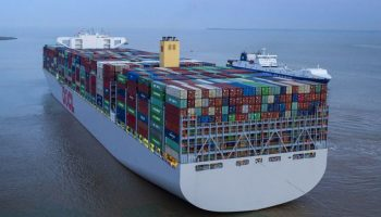 kapal container jasa kirim mobil